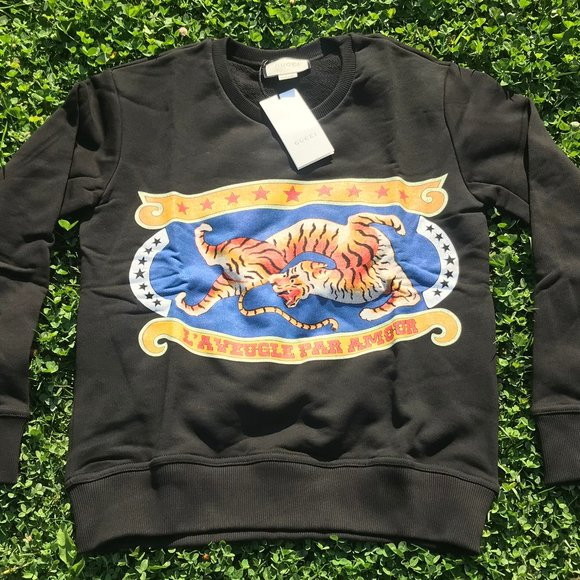 Gucci Other - Gucci mens sweat new italy